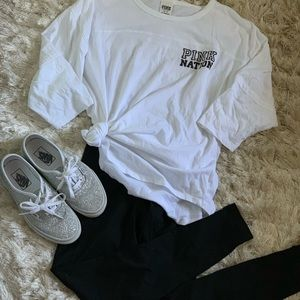 Victoria Secret PINK white oversized T-shirt med